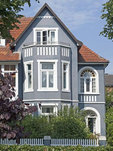 immobilienmakler-me-le-immobilien-haus-verkaufen